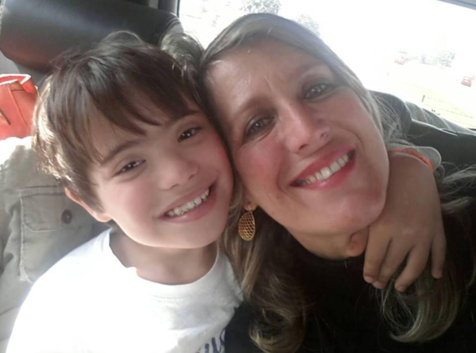 João com a mãe (Foto: Arquivo pessoal)