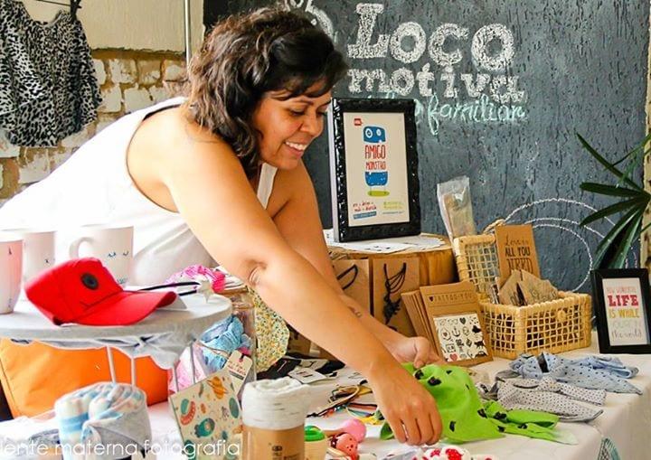 Mãe empreendedora expõe no bazar do Coletivo Bombo, no Ipiranga (Foto: Lente Materna Fotografia)