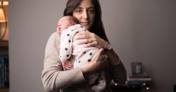Mãe no pós-parto precisa ser ouvida e cuidada (Foto: Divulgação/Bepantol)