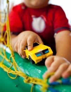 Crianças com autismo precisam ser inseridas na sociedade (Foto: Gabi  Trevisan)
