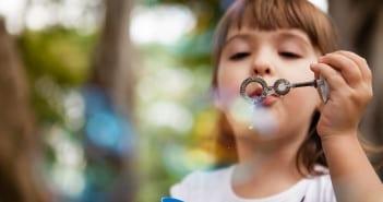 Crianças precisam ter tempo para o chamado  brincar livre (Foto: Gabi Trevisan)