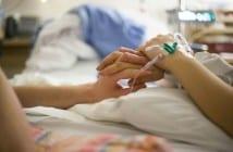 Gestante recebe indução com ocitocina (Foto: Katia Ribeiro)